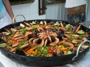 Colorful paella cc licensed by Alexandre Machado: https://www.flickr.com/photos/axmachado/119570016/